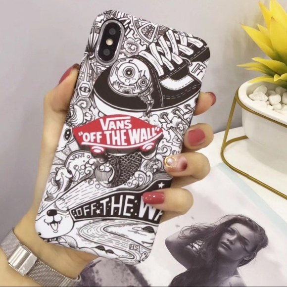 brand new 8e5e6 42d1e iphone XS MAX Vans White & Black Case NWT